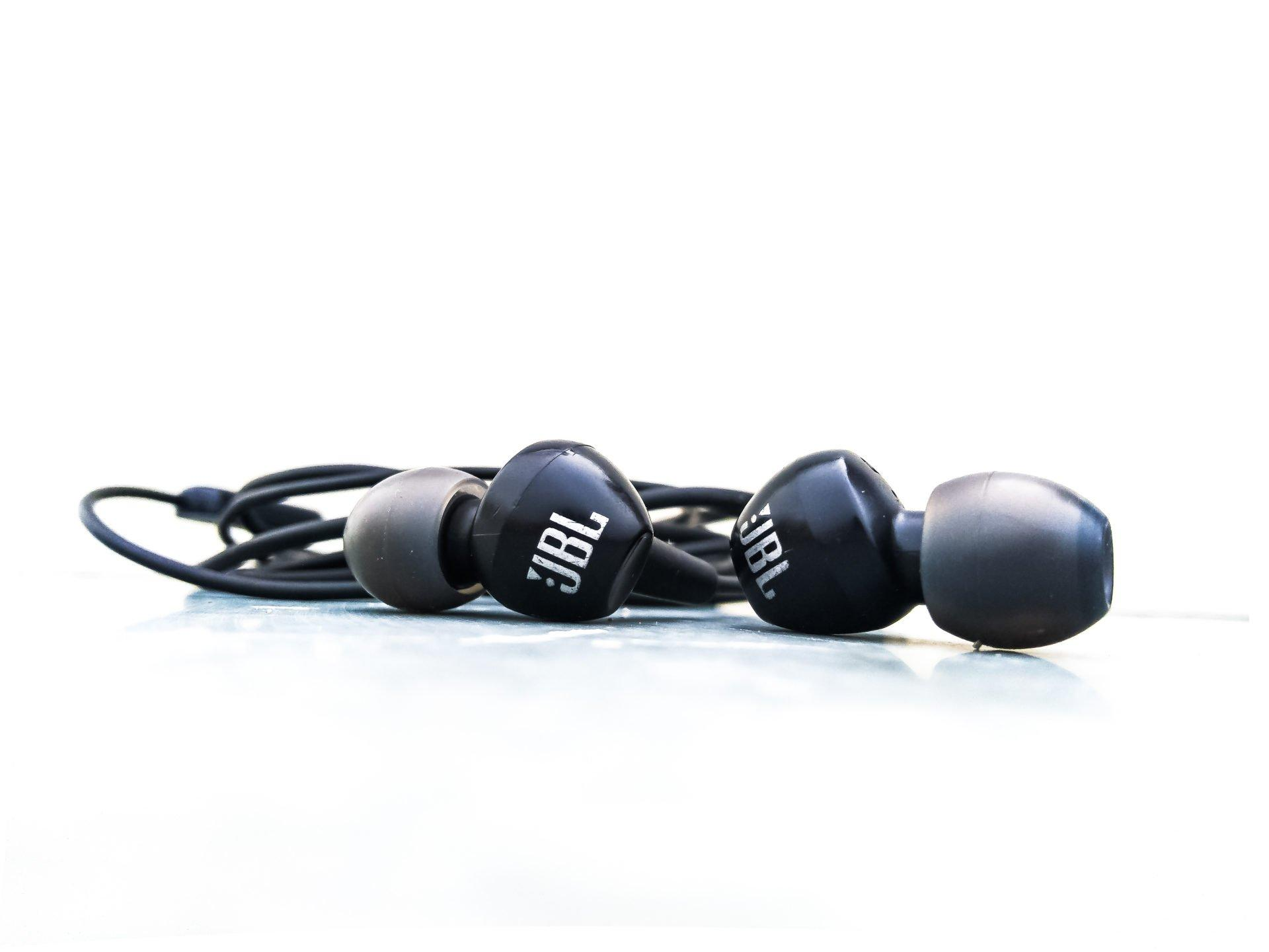 Best Earphones Under 1000 INR